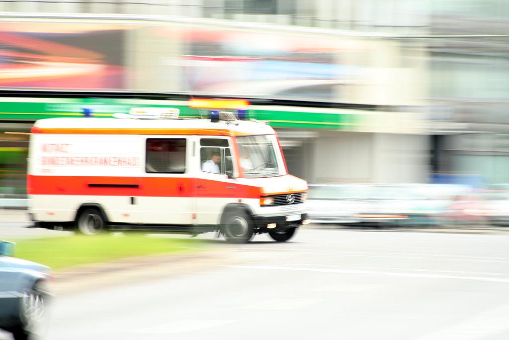 """""""ambulance"""" von Till Krech (CC BY 2.0)"""