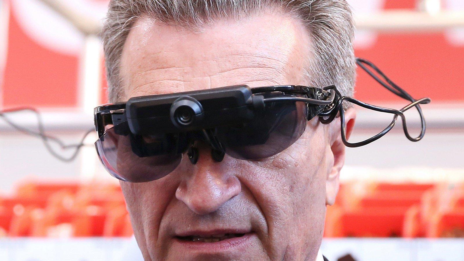 Günter Oettinger auf der Hannovermesse