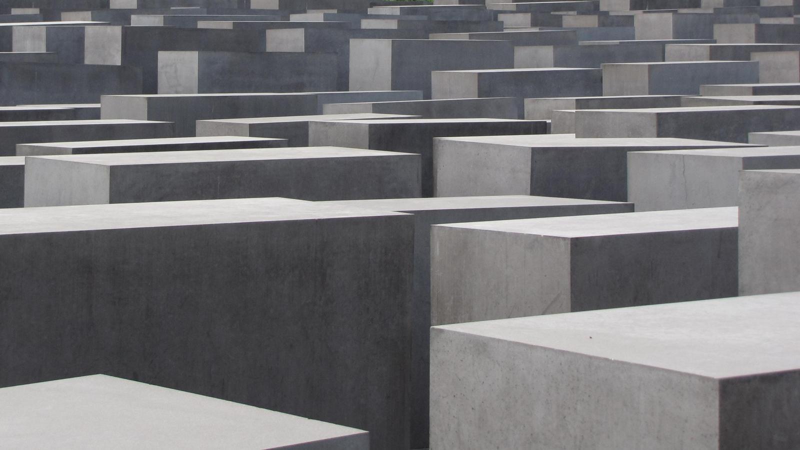 Holocaust Denkmal Berlin (22.08.2010)