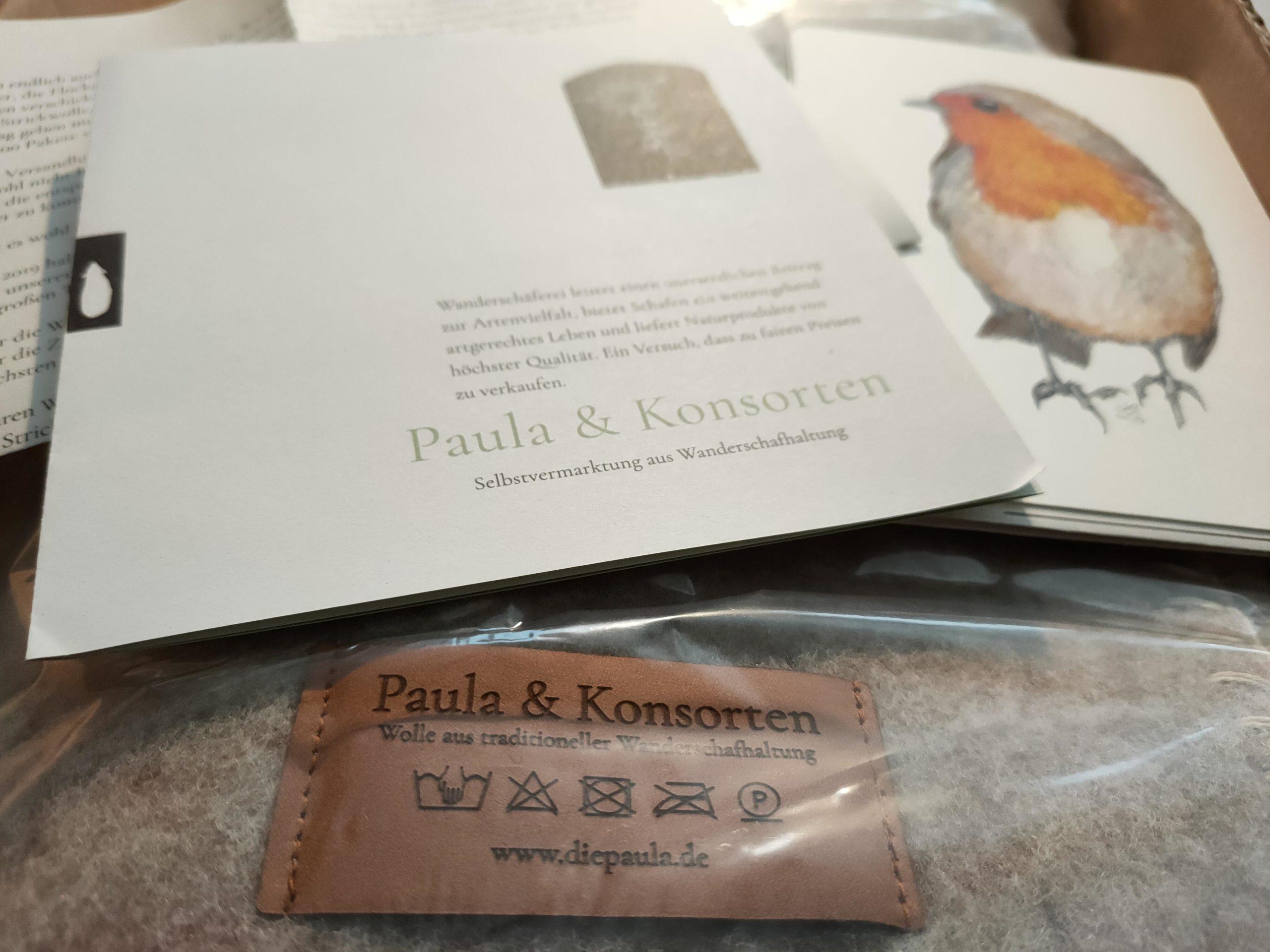 Eine Kuscheldecke von Paula und Konsorte. Also von Wanderschäfer de Vries